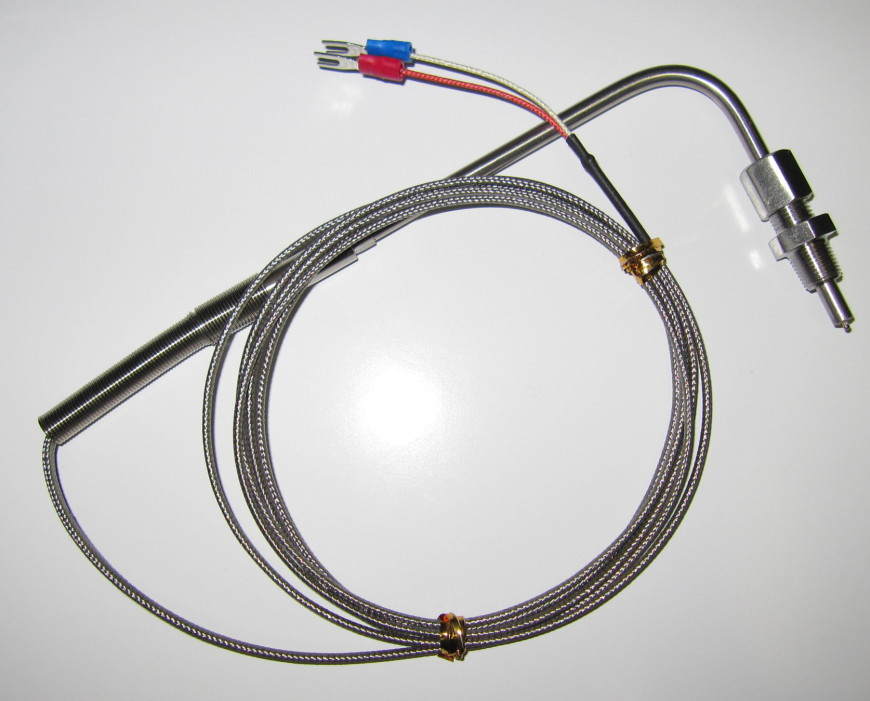 K type EGT sensor with 1/8'' NPT threat. With 2 m cable and an exposed tip junction for fast response time. Max insertion 35 mm.